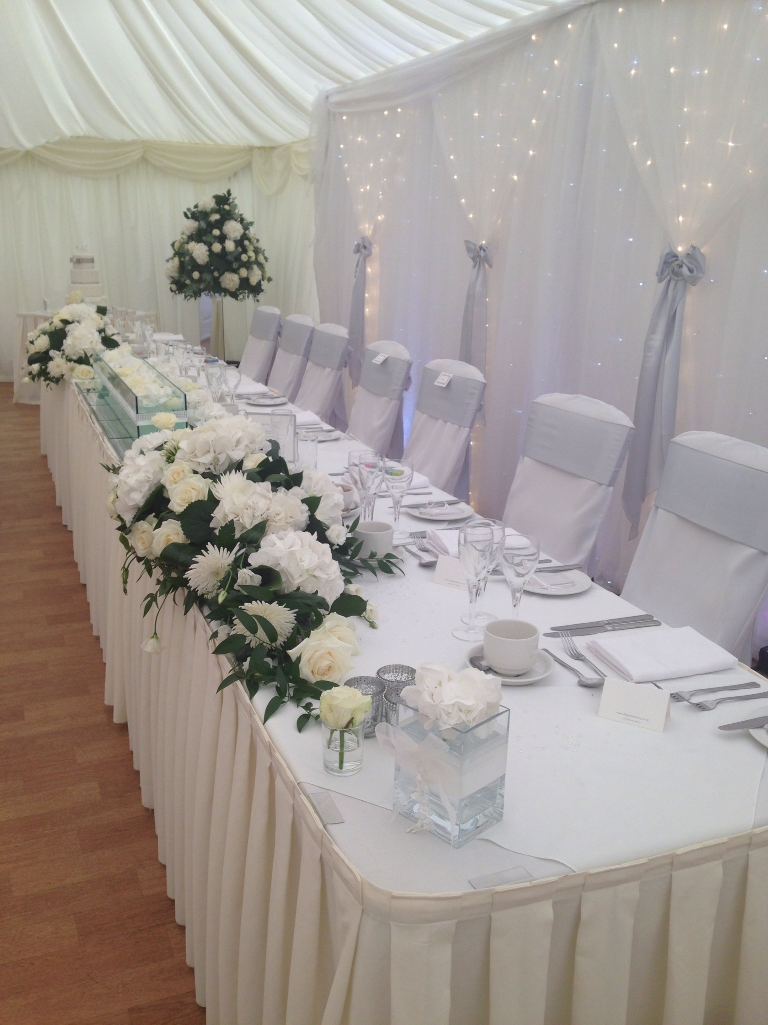 Mulberry House Marquee - White & Silver