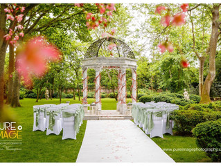 May offer! Creaksea Place Manor House Create your idillic 'hidden garden in bloom' wedding.