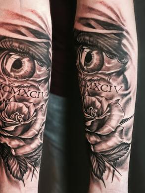 Artur Stec - Rose and eye Ink Panthers Echt Tattooshop Limburg Tattoo