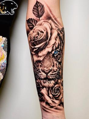 Artur Stec - Tiger Ink Panthers Echt Tattooshop Limburg Tattoo