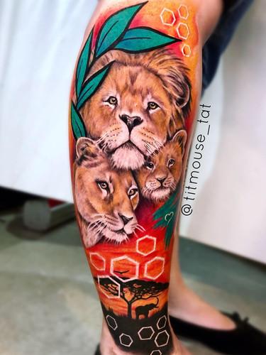 Jennifer / Titmouse - Lions tattoo Ink Panthers Echt Tattooshop Limburg Tattoo