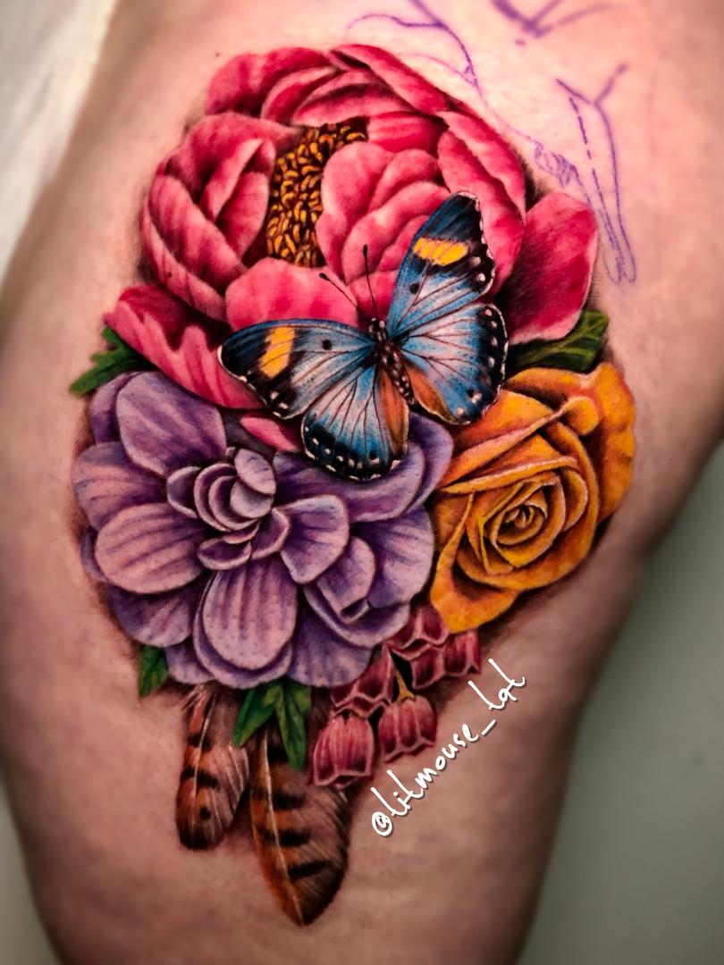 Jennifer / Titmouse - bloemen tattoo - flower tattoo - kleur tattoo - Ink Panthers Echt Tattooshop Limburg Tattoo
