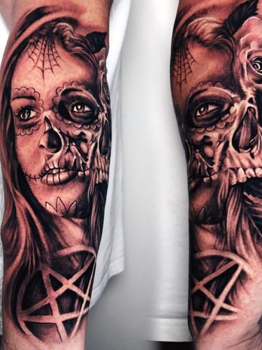 Artur Stec - horror girl Ink Panthers Echt Tattooshop Limburg Tattoo
