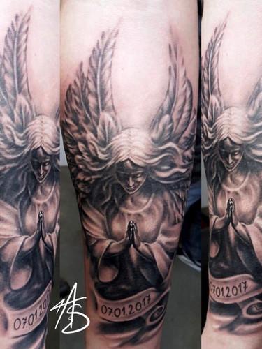 Artur Stec - angel Ink Panthers Echt Tattooshop Limburg Tattoo
