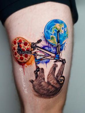 Jennifer / Titmouse - luiaard / sloth - Ink Panthers Echt Tattooshop Limburg Tattoo