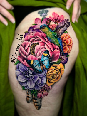 Jennifer / Titmouse - creative realisme - bloemen kolibrie vlinder tattoo