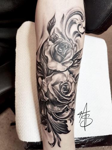 Artur Stec - Roses Ink Panthers Echt Tattooshop Limburg Tattoo