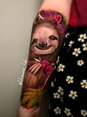 Jennifer / Titmouse - creative realisme - luiaard - Ink Panthers Echt Tattooshop Limburg Tattoo