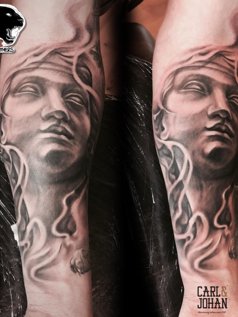Artur Stec - Helena, sleeve in progress Ink Panthers Echt Tattooshop Limburg Tattoo
