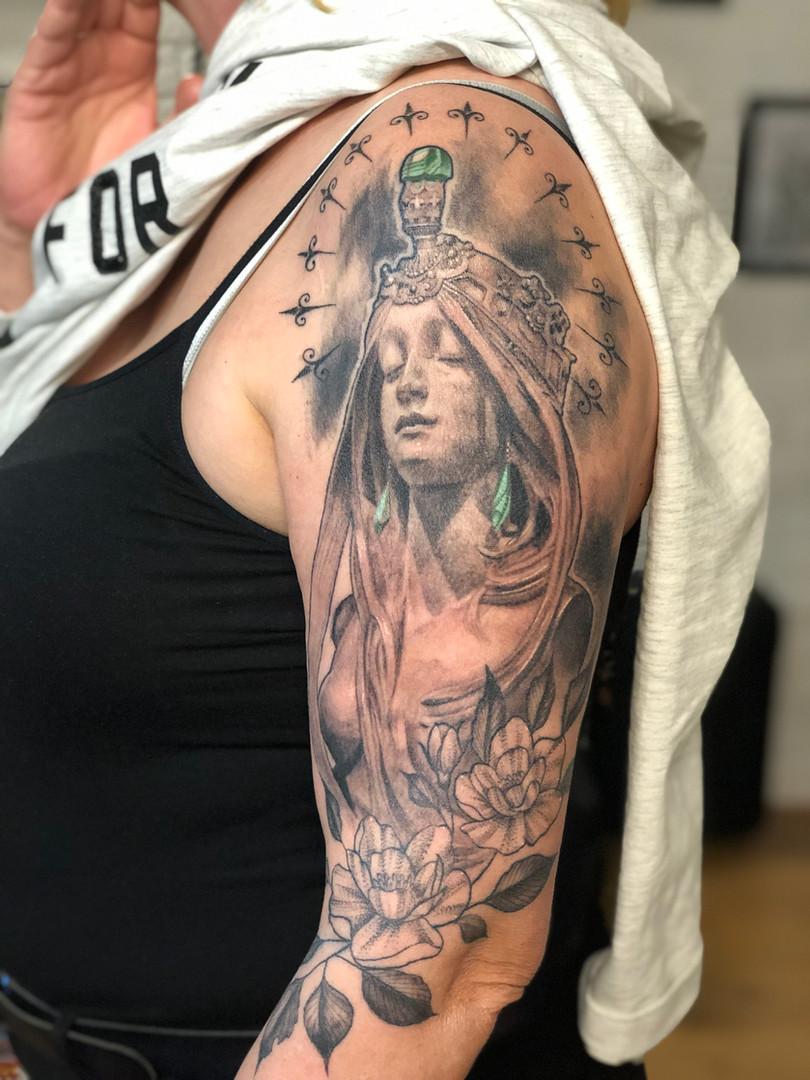 Ivan - Mucha inspired piece Ink Panthers Echt Tattooshop Limburg Tattoo