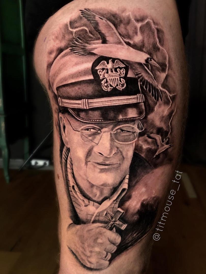 Jennifer / Titmouse - portrait / legsleeve progress / HALF HEALED / tattoo Ink Panthers Echt Tattooshop Limburg Tattoo