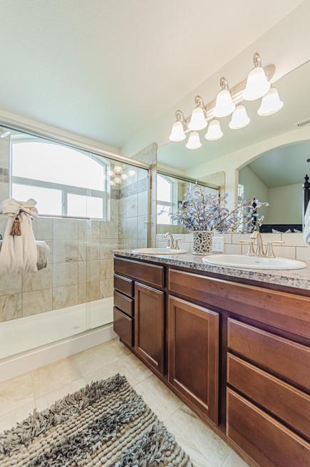 Durango Bathroom (2)