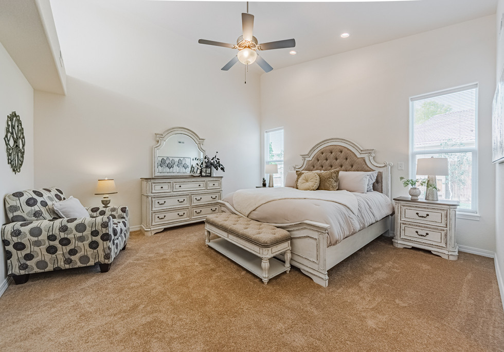 Monarch Bedroom (3)
