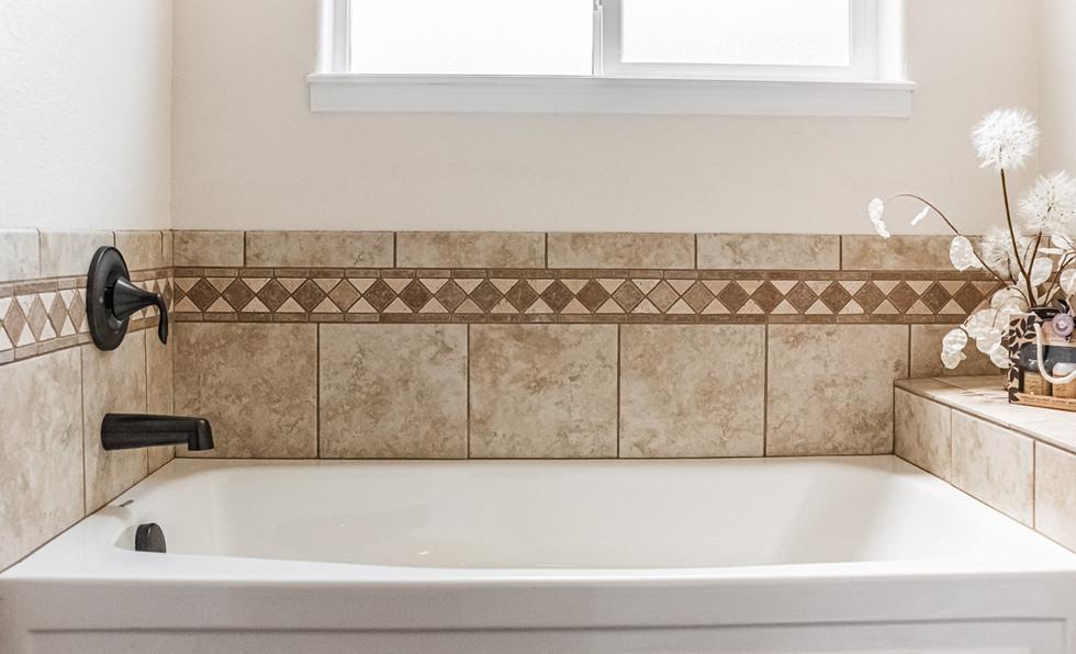 Montrose Bath Detail (2)