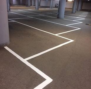 Linjemålning parkeringsplatser i garage