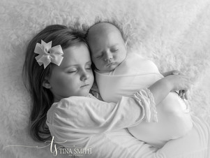 crestview newborn photographer_.jpg