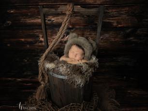 crestview newborn photographer-8.jpg