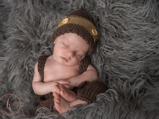 niceville newborn photographer-10.jpg