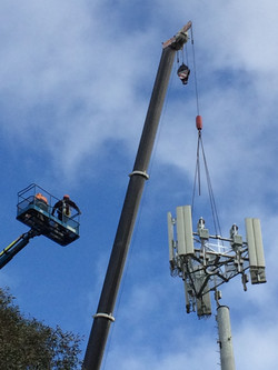 Mobile Tower Crane Lift for Wireless