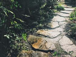 飛び石アプローチ