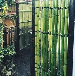純和風の竹垣