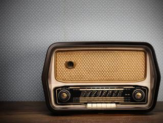 Śmierć nie oznacza przerwania więzi  - rozmowa w radiowej Trójce.