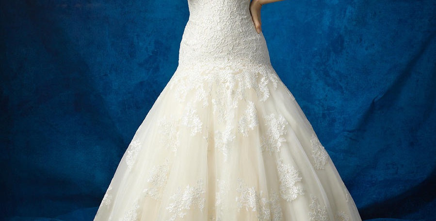 8378, Allure size 14 ivory-light gold
