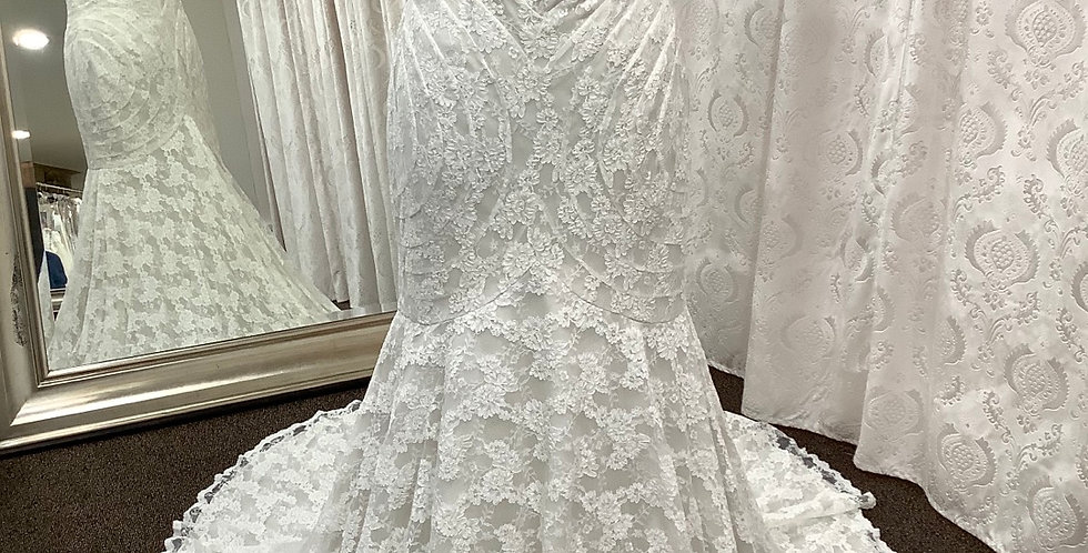 9428, Wtoo 18118 18w ivory-oyster