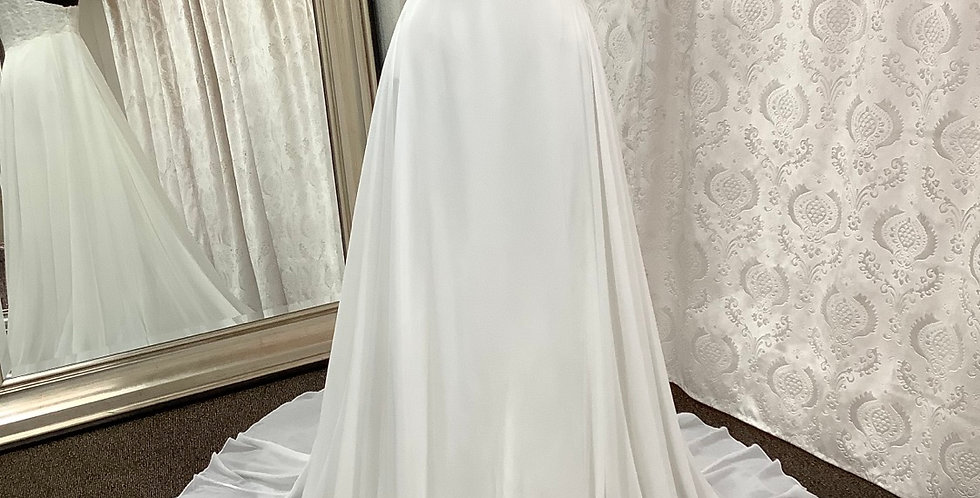 0610, Willowby 58420 size 2 ivory