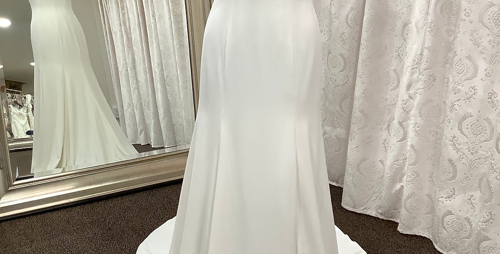 9462, Willowby 58350 size 2, 6 ivory