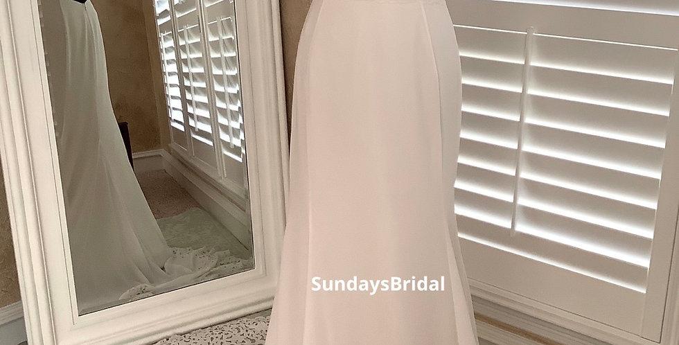 0540, SundaysBridal 1720 size 6 ivory