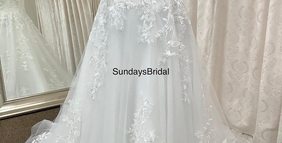 0166, SundaysBridal  3103 size 22  ivory