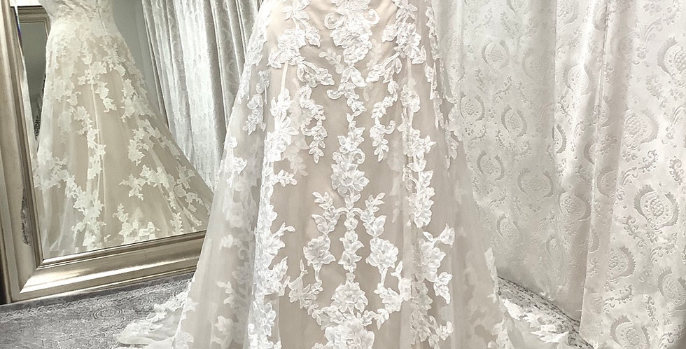 9713, Watters 1001 Aven size 10,  16 ivory-champagne