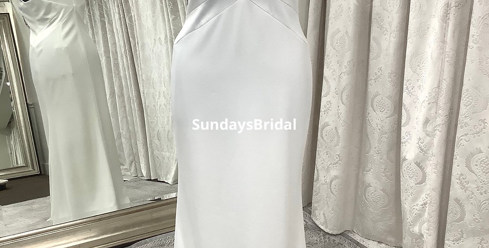 8841, SundaysBridal 619 size 16, 18 ivory