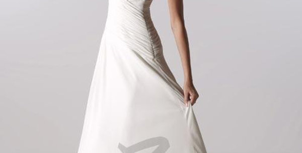 0670, Dere Kiang 11116 size 16 ivory