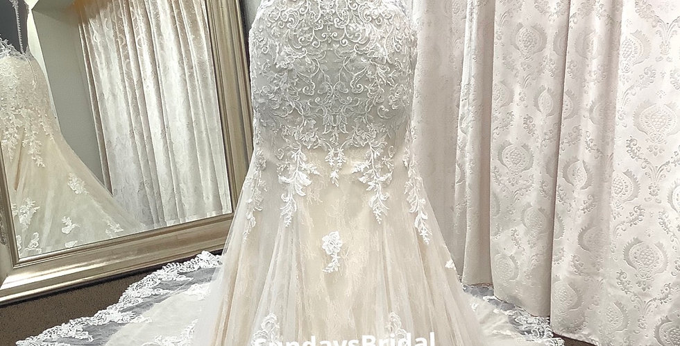 0206, Private Collection 2081  size 16 ivory-champagne