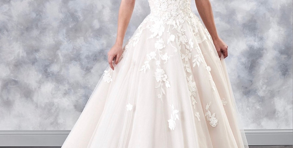 9518, Mary's 4034 size 14 white