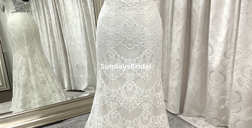 0556, Wtoo 18120 size 6, 18 ivory -oyster