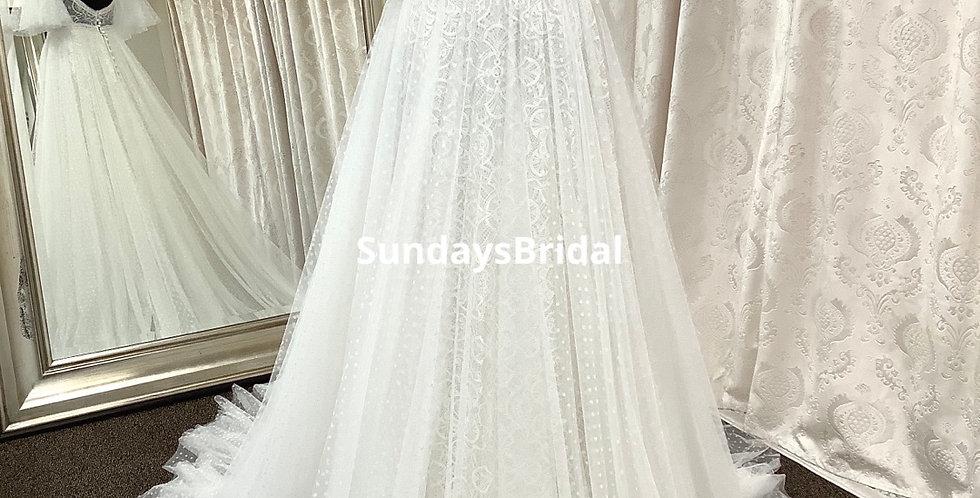 0426, SundaysBridal 97733 size 4 Almond-ivory