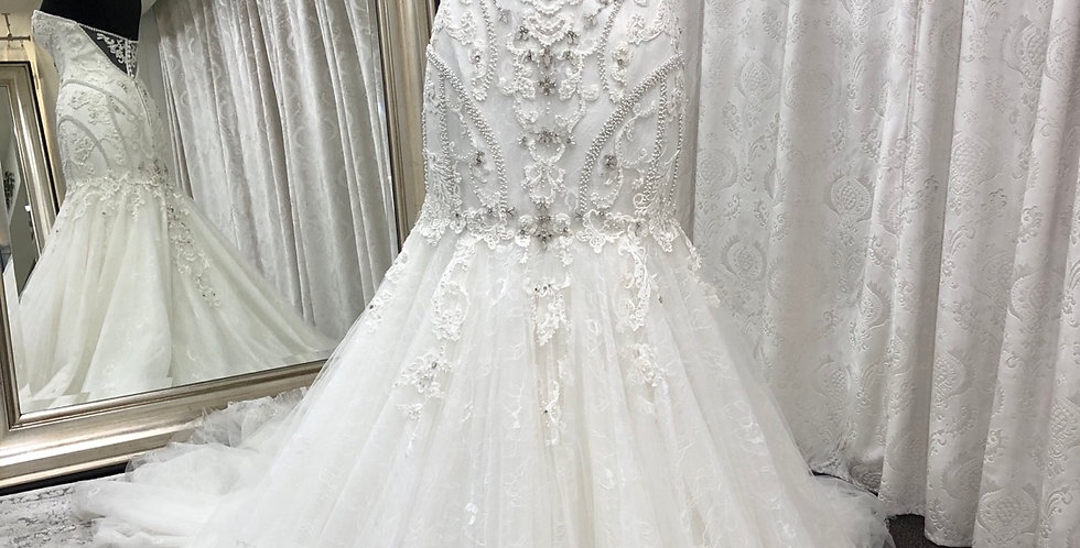 9906, Maggie Sottero size 6 ivory