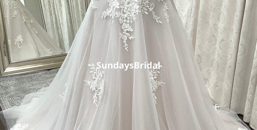 0200, SundaysBridal 6003 size 24 ivory-cashmere