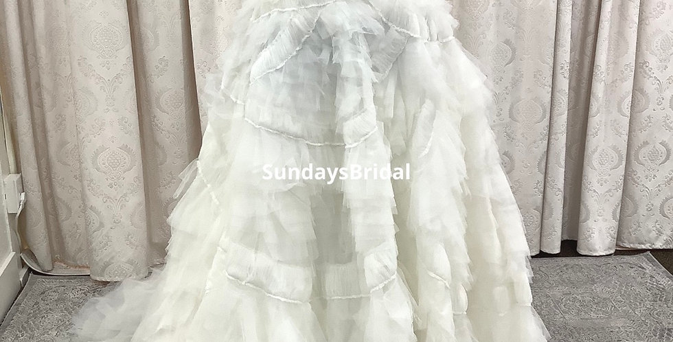 0239, Wtoo 2 piece wedding dress size 18 ivory