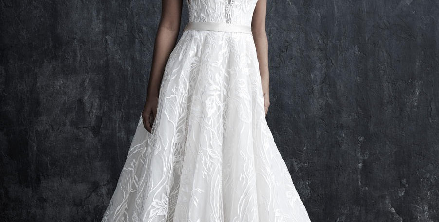 0374, Allure Couture C551 size 10 ivory