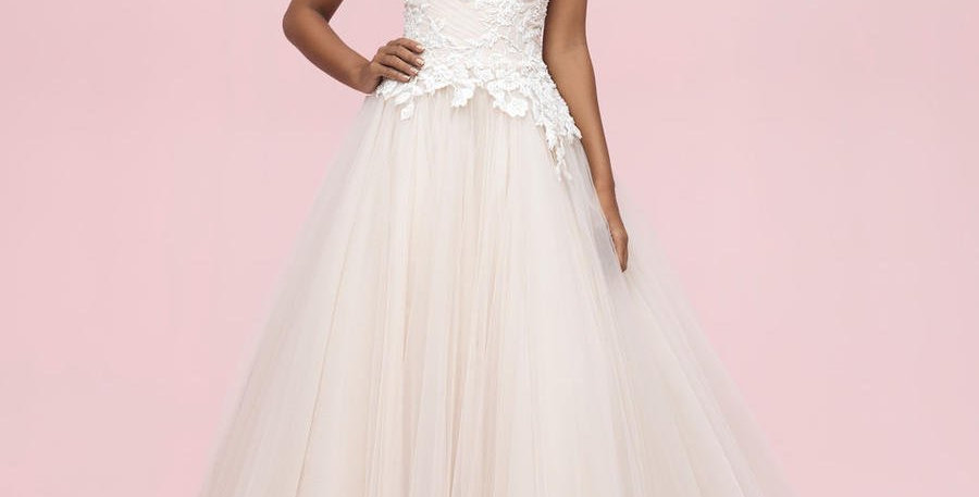 0581, Allure 3206 size 10 champagne-ivory