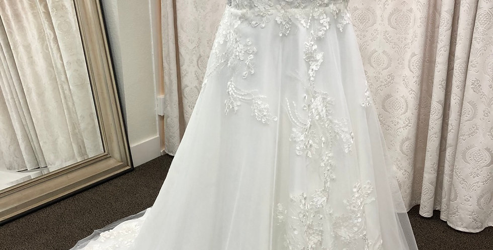 9085, Private Collection 8036 size 20 ivory