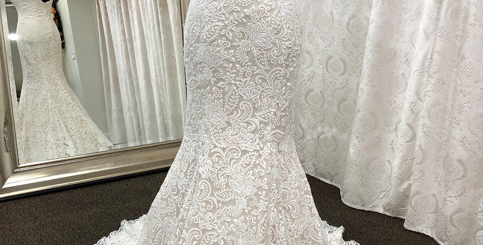 9117, Allure size 2 ivory-champagne