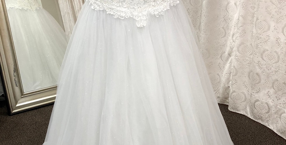 9100, Private Collection 7182 size 22 ivory