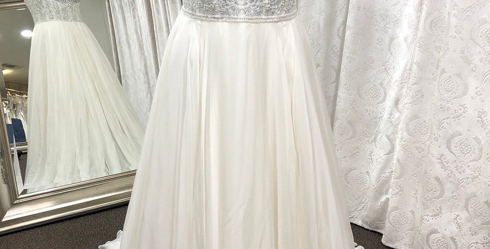 9581, Watters 2072 Stafford size 6, 10 ivory