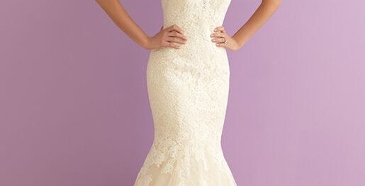 9888, Allure 2907 size 16 ivory