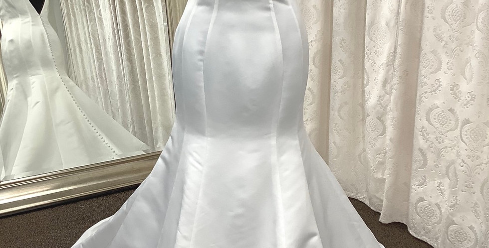 0146, Private Collection 38018 size 16 ivory